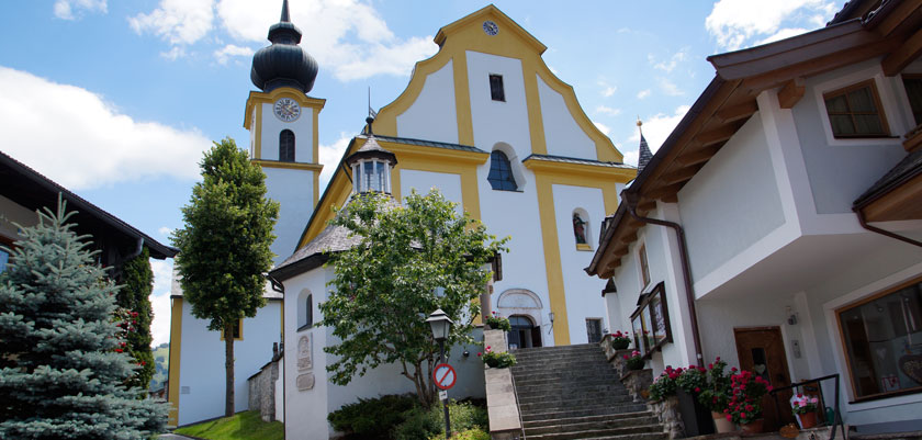 Söll, Austria - Village church.jpg